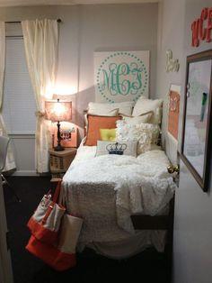 #SoCollege: Dorm Decor