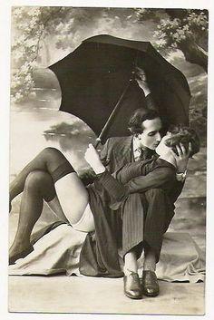 l´été un baiser collection couple amour lovers retro vintage Man Ray, Vintage Kiss, Vintage Love, Vintage Romance, Romance Art, Vintage Couples, Vintage Glamour, Vintage Beauty, Vintage Style