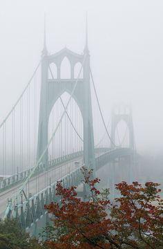 St. Johns bridge • Autumn fog, Portland Oregon