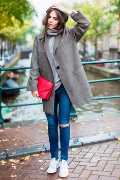 What-To-Wear-With-Adidas-Trainers-and-Sneakers-For-Women-Chic-Street-Style-7