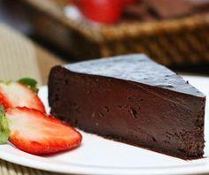 Torta de chocolate amargo do restaurante Viena - Gastrovia Turismo e Gastronomia