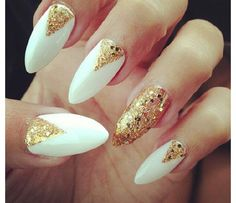 White and gold Nails #HAWT