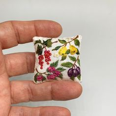 Cushion Embroidery, Embroidery Kits, Dollhouse Accessories, Cushions, Pillows, Miniture Things, Needle Felting, Dollhouse Miniatures, Linens