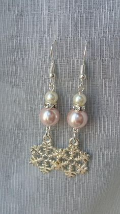 Snowflake Earrings with pale pink and white pearls <3 Available at https://www.etsy.com/listing/553467068/snowflake-earrings-christmas-earrings
