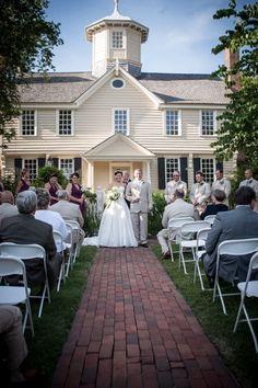 Wedding at Cupola House in Edenton NC.