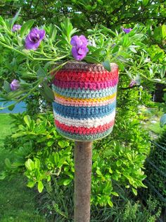 Nice 30 Garden Flowerpot Tin Cans Ideas https://gardenmagz.com/30-garden-flowerpot-tin-cans-ideas/