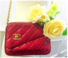Vintage Red Chanel chain shoulder bag~ www.hedyjp.com