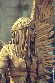 Human Angel, Living Statue