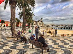 #Cascais Costa de Estoril (1), Lisbon Region, Portugal   via Somosviajeros  Posiblemente nadie hubiera imaginado que la villa de pescadores que era Cascais se convertiría en un polo de atracción de artistas en la década de los 30.