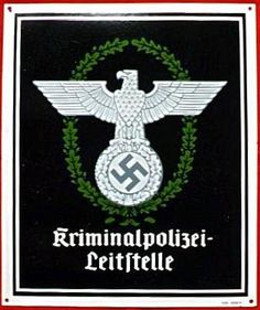 "German WW2 ""Criminal Police Headquarters"" | < 40° NL? https://de.pinterest.com/matthyskristiaa/duitse-documenten-en-paspoorten/"
