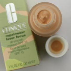 CLINIQUE Repairwear Laser Focus All-smooth Makeup - full foundation review: http://www.magi-mania.de/clinique-repairwear-laser-focus-all-smooth-makeup/