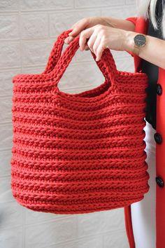 Boho Crochet, Crochet Tote, Crochet Handbags, Red Rope, Crochet Home Decor, Great Gifts For Mom, Handmade Handbags, Red Bags, Knitted Bags