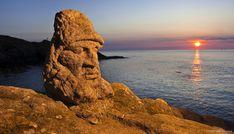 Les rochers sculptés de Rothéneuf, l'oeuvre d'un seul homme – Bretagne
