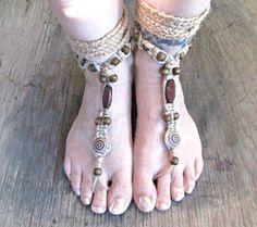 Erdigen Awesomeness! Diese Unisex: barfuss Sandalen wurden speziell für Männer aber sieht einfach so toll auf einer Frau auch. Sie wurden mit allen