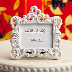 10 awesome wedding favours your guests will actually like two hearts become one photo frame favours pinterest awesome photos and heart