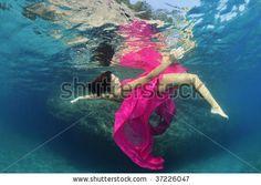 Into the Deep: 30 Gorgeous High-Fashion Underwater Stock Photos Underwater Photoshoot, Underwater Wedding, Underwater Photography, Old Wedding Dresses, High Fashion Photography, Movement Photography, Wedding Photography, Dreams And Nightmares, Photoshoot Inspiration