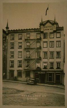 Hôtel Louis XIV en 1950 dans le Vieux-Quebec a Place Royale