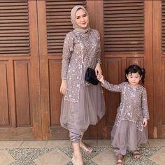Dress Anak, Dress Pesta, Batik Dress, Lace Dress, Dress Brokat Muslim, Mommy Daughter Dresses, Dress Outfits, Fashion Dresses, Kebaya Dress
