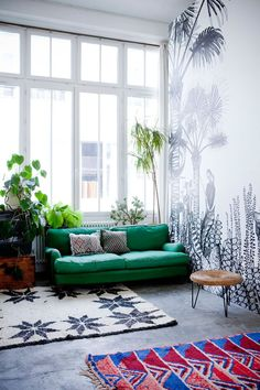mixed rugs + plants
