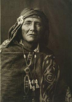 Al-che-say - Apache - 1909