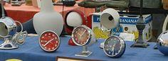 Otologi vintage Rhythm Yapan , transistor e carica manuale, suoneria datario e giornaliero