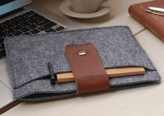 Felt and Leather iPad Cover by DFRshop Specs:Ships :...