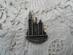 Antwerp souvenir pendant by Nkempantiques on Etsy, €4.00