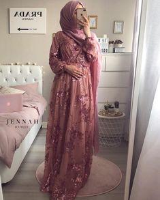 Fashion hijab dress gowns ideas for 2019 – Hijab Fashion 2020 Islamic Fashion, Muslim Fashion, Modest Fashion, Fashion Dresses, Hijab Prom Dress, Muslim Dress, Prom Dresses, The Dress, Dress Skirt
