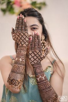 A Pinkish Wedding With Floral Mandap & A Charming Bride Dulhan Mehndi Designs, Mehandi Designs, Engagement Mehndi Designs, Latest Bridal Mehndi Designs, Mehndi Designs 2018, Mehndi Designs For Girls, Stylish Mehndi Designs, Mehndi Design Pictures, Wedding Mehndi Designs