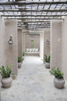 Love the rustic architecture for this minimalistic indoor/outdoor living space, and all the possibilities for seating and foliage. Outdoor Rooms, Outdoor Gardens, Outdoor Living, Exterior Design, Interior And Exterior, Interior Ideas, Outside Living, Architecture Design, Raw Materials