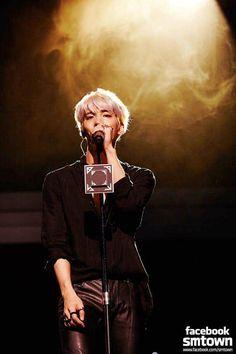 SHINee - Kim Jonghyun our beautiful bright star we love you Shinee Jonghyun, Lee Taemin, Minho, K Pop, Nct, Lee Jinki, Kim Kibum, Raining Men, Rest In Peace