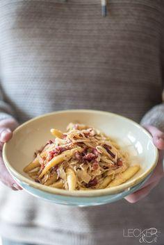 Schupfnudeln mit Speck und Sauerkraut - LECKER&Co | Foodblog aus Nürnberg
