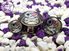 Skull with Eyepatch Glittery Plug 0g 00g / 8mm by LovelyPlugly