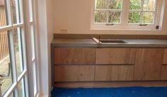 Afbeeldingsresultaat voor randafwerking keukenblad hout spatrand