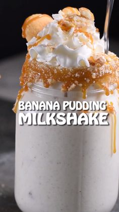Homemade Banana Pudding Milkshake is a classic southern dessert made easy! Fresh bananas, cookies, and creamy vanilla bean ice cream all blended together to make the BEST banana milkshake ever! Homemade Milkshake, Homemade Banana Pudding, Banana Pudding Recipes, Nilla Wafer Banana Pudding, No Bake Desserts, Easy Desserts, Delicious Desserts, Dessert Recipes, Shake Recipes