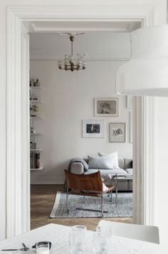 Fresh and cozy home - via Coco Lapine Design blog