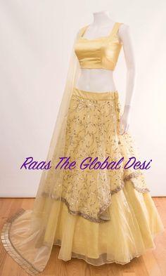 Chaniya Choli For Navratri Indian Gowns Dresses, Indian Fashion Dresses, Indian Designer Outfits, Bridal Dresses, Wedding Dress, Designer Dresses, Wedding Wear, Pakistani Dresses, Party Wear Lehenga