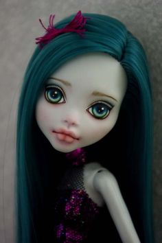 OOAK Monster High  Lagoona  custom  Repaint by Hyangie