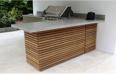 Outdoor kitchens are the perfect way to enhance patios, yards and outdoor spaces. Most homeowners also consider paradise outdoor. Outdoor Grill Area, Outdoor Bbq Kitchen, Patio Kitchen, Bbq Area, Outdoor Kitchen Design, Backyard Patio Designs, Backyard Bbq, Pergola Patio, Pergola Ideas