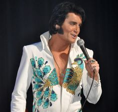 Ben Portsmouth the most AMAZING Elvis impersonator!
