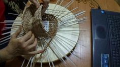 """мк панно """"парящяя чаша"""" часть 2 мне очень нравятся спиральные панно, но никак не получается уменьшить в диаметре, такое плетение только для панно можно применить или какой нибудь большой поднос, у меня есть мк корзинки пасхальной в спиральном плетении, но там завершении спирали происходит на стенках, галина михеева"""