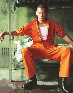 pb, prison break και wentworth miller εικόνα στο We Heart It Prison Break 3, Prison Break Quotes, Michael Schofield, Wentworth Miller Prison Break, Leonard Snart, Famous Men, Daily Photo, Celebs, Celebrities