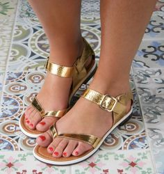 QUACK GOLD :: SANDALS :: CHIE MIHARA SHOP ONLINE