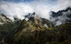 These 23 Photos Will Convince You to Go to Machu Picchu   Travel + Leisure--they've convinced me!