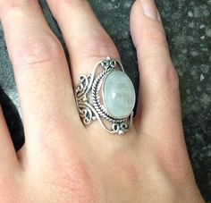 Moonstone Rings Sterling Silver Ring Gemstone Ring por KJewelry2015