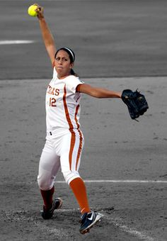 Blaire Luna. Great Pitcher For Texas.(: Something about this Little Fireball reminds me of Cat Osterman