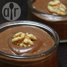 Mousse de chocolate com nozes @ allrecipes.com.br