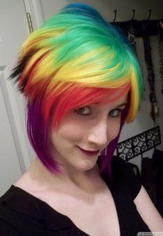 Cortes de cabello y peinados emo para chicas: Pelo multicolor ¡WOW!