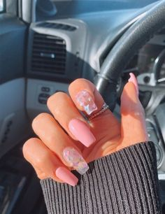 simple and amazing gel nail designs for summer 1 Colored Acrylic Nails, Clear Acrylic Nails, Acrylic Nails Coffin Short, Simple Acrylic Nails, Summer Acrylic Nails, Short Square Acrylic Nails, Pink Coffin, Short Square Nails, Coffin Nails