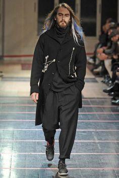 YOHJI YAMAMOTO 2014-15 FW PARIS MENS RTW 40